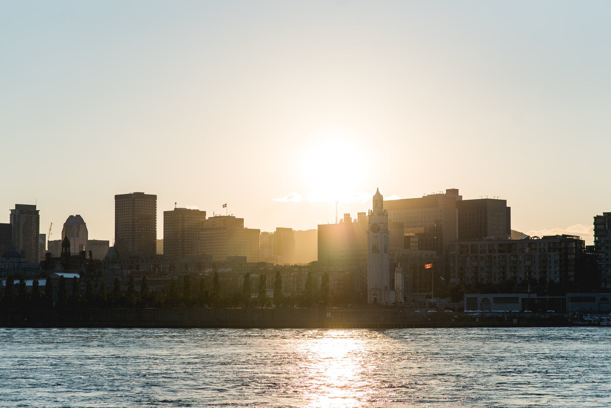 Jeff On The Road - How To Find An Apartment in Montreal - Mtl skyline from Parc Jean-Drapeau - All photos are under Copyright  © 2017 Jeff Frenette Photography / dezjeff. To use the photos, please contact me at dezjeff@me.com.