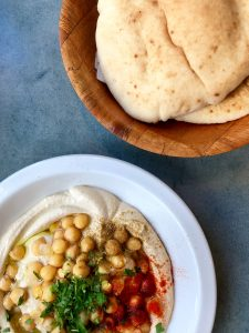 Israël: 5 highlights pour t'en mettre plein la vue — Hummus — Voyage — Jeff On The Road — All photos are under Copyright  © 2019 Anne-Laurence Jean. To use the photos, please contact me at dezjeff@me.com.