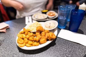 Huot's Seafood Restaurant - Saco - Maine - Best Things To Do In Maine - Jeff On The Road  - All photos are under Copyright  © 2019 Jeff Frenette Photography / dezjeff. To use the photos, please contact me at dezjeff@me.com.
