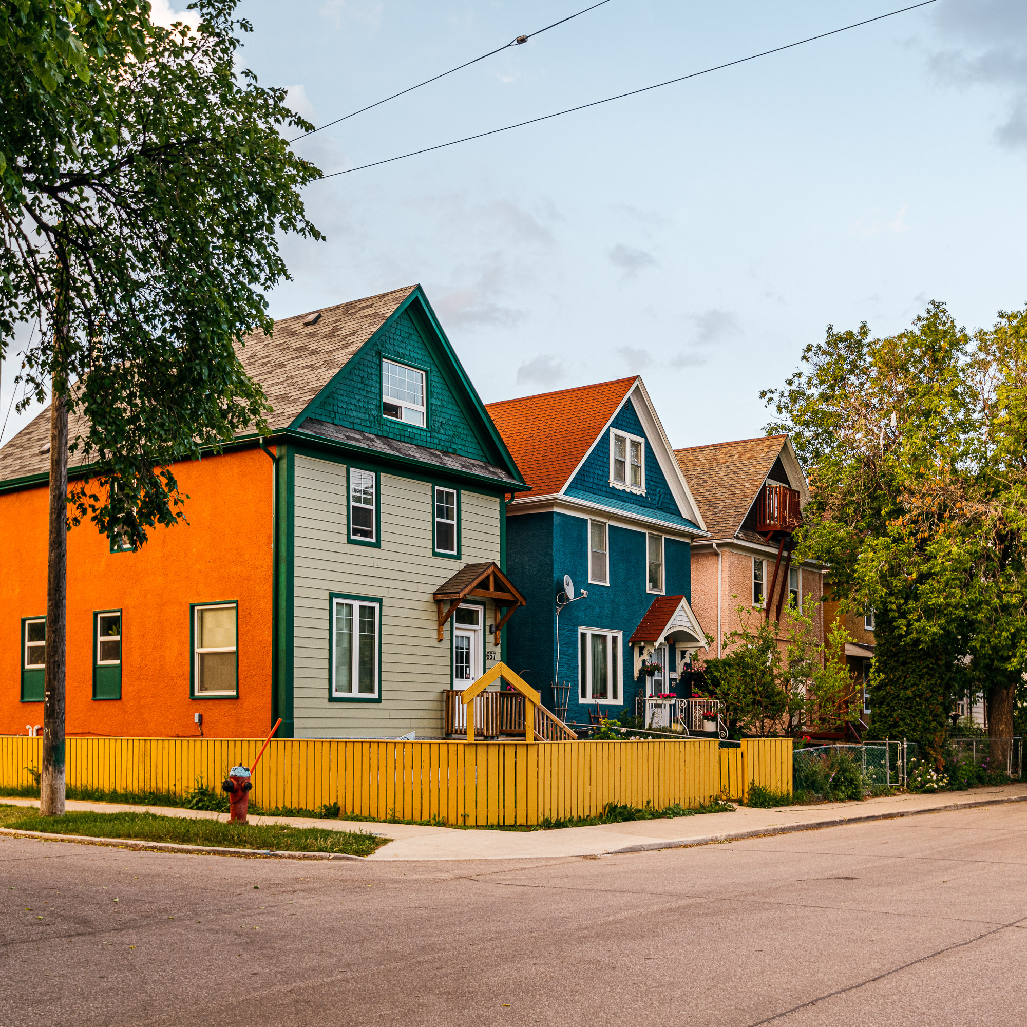 Bike ride through North River Heights and Wolseley — Winnipeg — Manitoba — Jeff Frenette Photography