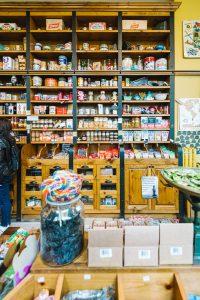 Quoi faire à Trois-Rivières — Magasinage chez Le Brun en ville — Jeff Frenette Photography